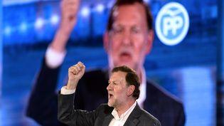 Le Premier ministre espagnol, Mariano Rajoy, le 16 décembre 2015 à La Corogne (Espagne). (MIGUEL RIOPA / AFP)