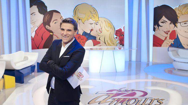 """L'animateur Tex sur le plateau des """"Z'Amours"""" sur France 2, le 10 décembre 2015. (BERNARD BARBEREAU / FRANCE 2)"""