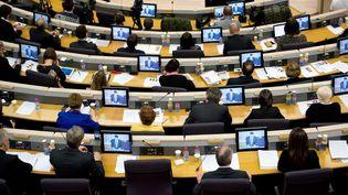 Les membres du Conseil régional des Pays de la Loire élisent leur président, le 18 décembre 2015, à Nantes (Loire-Atlantique). (JEAN-SEBASTIEN EVRARD / AFP)