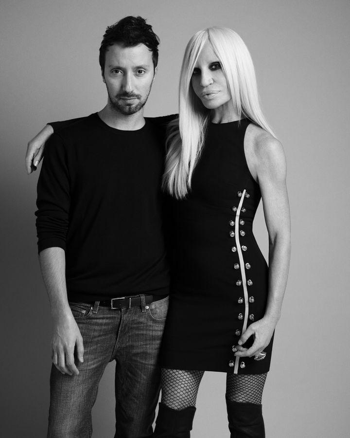 Anthony Vaccarello, D.A. de Versus Versace et Donatella Versace  (Versace )
