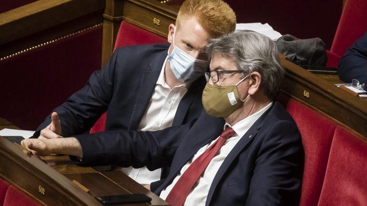 Adrien Quatennens et Jean-Luc Mélenchon, le 21 juillet 2020 à l'Assemblée nationale. (VINCENT ISORE / MAXPPP)