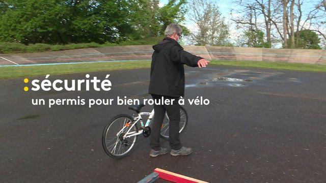 À Cusset, dans l'Allier, les enfants de CM1 passent leur permis de rouler à vélo !