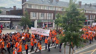 La manifestation de chasseurs à Amiens (Picardie), le 18 septembre 2021. (CLAUDIA CALMEL / RADIO FRANCE)