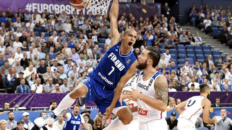 L'équipe de France a perdu son premier match de l'EuroBasket face à la Finlande.  (JUSSI NUKARI / LEHTIKUVA)