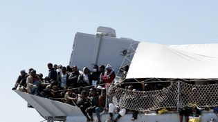 Une opération de sauvetage avait déjà secouru 545 migrants en Méditerranée, le 21 avril 2015. (ALESSIO PADUANO / NURPHOTO)