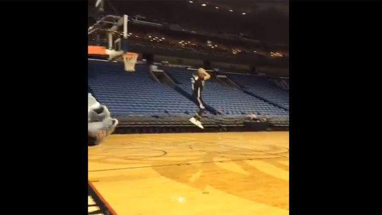 Le dunk de Zach Lavine à l'entraînement