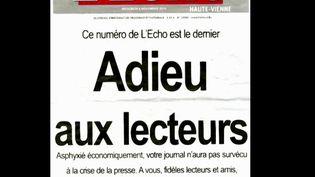 """Le quotidien """"L'Écho"""" doit être liquidé vendredi 8 novembre. Il employait une quarantaine de salariés. Mercredi, les lecteurs sont venus soutenir une dernière fois leur journal. (FRANCE 3)"""
