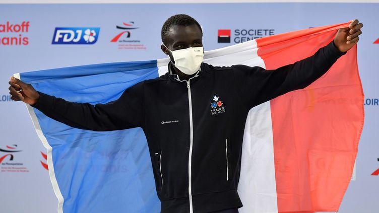 Charles-Antoine Kouakou, nouveau recordman du monde du 200 mètres en sport adapté, le 13 mars 2021. (LUC_PERCIVAL)