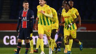 Le milieu de terrain du PSG Marco Verratti grimace après la défaite de son équipe face à Nantes (1-2), le 14 mars 2021 au Parc des Princes. (FRANCK FIFE / AFP)