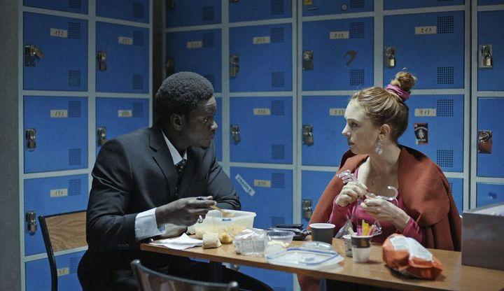 Laetitia Dosch et Souleymane Seye Ndiaye dans une scène de Jeune femme de Léonor Seraille (Photo du film «Jeune femme» de Léonor Séraille)