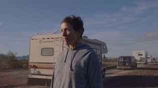 "Frances McDormand dans ""Nomadland"" de Chloé Zhao (© SEARCHLIGHT PICTURES)"
