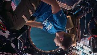 """L'astronaute Thomas Pesquet dans le clip de Yuksek """"Live Alone"""".  (Barclay)"""