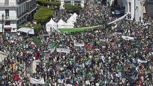 Des manifestants à Alger, le 29 mars 2019. (RYAD KRAMDI / AFP)