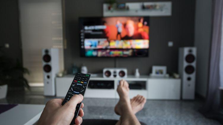Le streaming de vidéos est un des usages les plus consommateurs de débit. (DENNIS FISCHER PHOTOGRAPHY / MOMENT RF / GETTY)