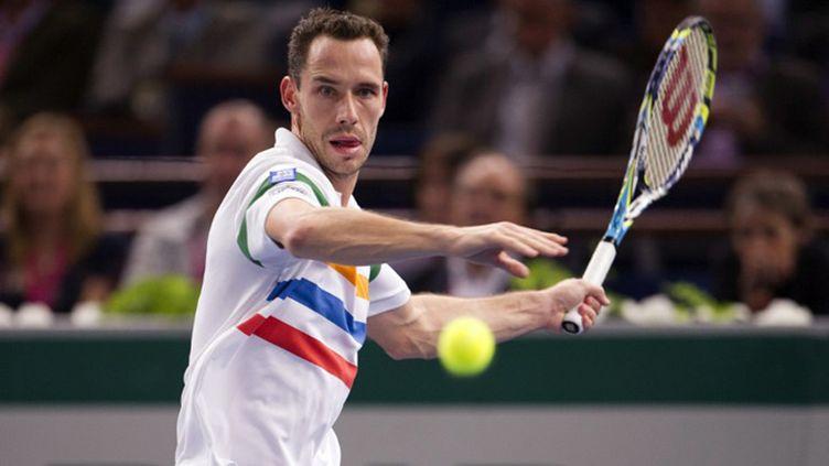 Mickaël Llodra remporte le tournoi d'Eastbourne avant d'attaquer Wimbledon