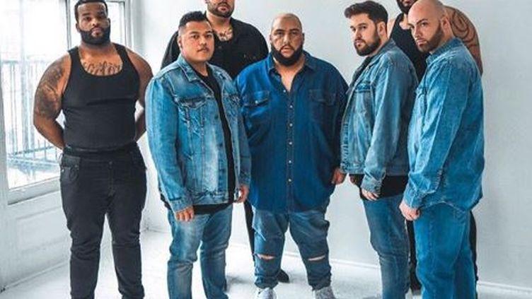 Darnel Ghramm (second à gauche), a rassemblé des manequins grandes tailles pour parodier les pubs de la marque Calvin Klein. (INSTAGRAM / DARNEL GRAHAM)