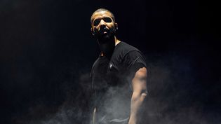 Drake sur scène à Londres, au Wireless Festival à Finsbury Park, le 27 juin 2015  (Jonathan Sjhort / AP / Sipa)