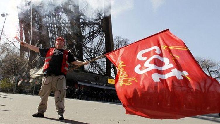 Manifestant de la CGT de l'usine Arcelor-Mittal de Florange, à Paris (THOMAS SAMSON / AFP)