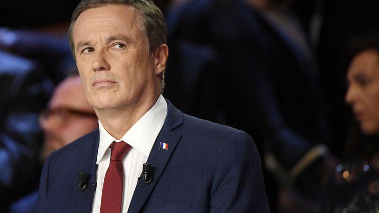 Nicolas Dupont-Aignan participe à un débat télévisé, le 4 avril 2017, à La Plaine-Saint-Denis (Seine-Saint-Denis). (REUTERS)