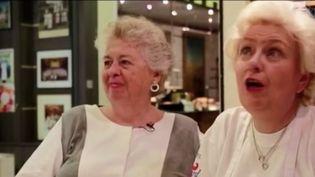 """""""A la recherche des femmes chefs"""" est un documentairequi sortira mercredi au cinéma et qui s'interroge sur la place des femmes-chefs dans le monde de la gastronomie. Elles sont peu nombreuses et peu visibles. Pourtant, beaucoup sont au moins aussi talentueuses que les hommes. (FRANCE 2)"""