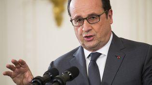 Le président François Hollande s'exprime lors d'une conférence de presse, le 24 novembre 2015, à Washington DC (Etats-Unis). (SAMUEL CORUM / ANADOLU AGENCY / AFP)