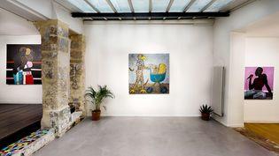 """Vue de l'expostion""""Figures of Power"""" à la galerie Afikaris à Paris (AFIKARIS)"""