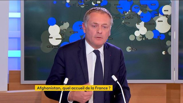 """""""Quand le président fait déclarations, il faut qu'il cesse de la communication"""", estime Philippe Juvin, médecin et maire Les Républicains (LR) de La Garennes-Colombes"""