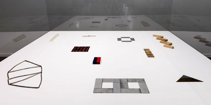Vue de l'exposition, Carl Andre: Sculpture as Place, 1958–2010 au Musée d'Art moderne de la Ville de Paris (dernières sculptures)  (Pierre Antoine)