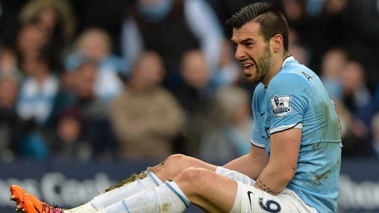 Le buteur de Manchester City Alvaro Negredo ne reviendra pas sur les terrains avant trois mois