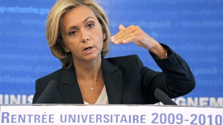 La ministre de l'Enseignement supérieur, Valérie Pécresse, le 17 septembre 2009 à Paris, pour la rentrée universitaire. (AFP/FRANCK FIFE)