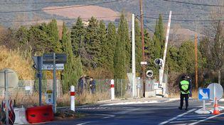 Reconstitution de la collision mortelle entre un car scolaire et un train, mardi 19 décembre 2017, à Millas (Pyrénées-Orientales). (MAXPPP)