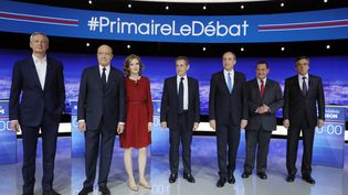 Bruno Le Maire, Alain Juppé, Nathalie Kosciusko-Morizet, Nicolas Sarkozy, Jean-François Copé, Jean-Frédéric Poisson etFrançois Fillon, le 13 octobre 2016 lors du premier débat à la Plaine-Saint-Denis au nord de Paris. (PHILIPPE WOJAZER / AFP)