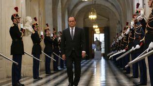 François Hollande arrive àVersailles pour le Congrès, le 16 novembre 2015. (MICHEL EULER / AP / SIPA)
