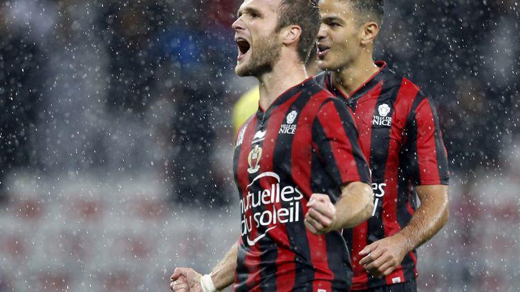 De plus en plus complices, Valère Germain et Hatem Ben Arfa forment l'un des duos les plus performants de la L1. (VALERY HACHE / AFP)