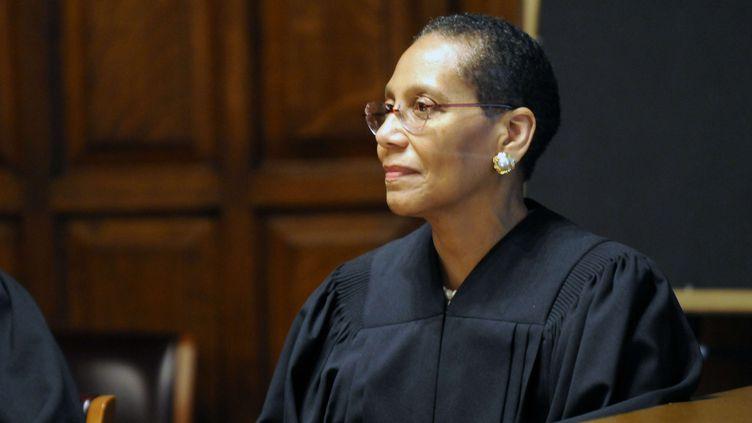 La jugeSheila Abdus-Salaam prête serment au tribunal d'Albany (New York, Etats-Unis), le 20 juin 2013. (HANS PENNINK / AP / SIPA)