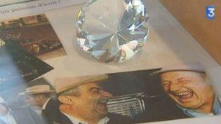 Les objets cultes du cinéma s'exposent à la Médiathèque Boris Vian  (Culturebox)