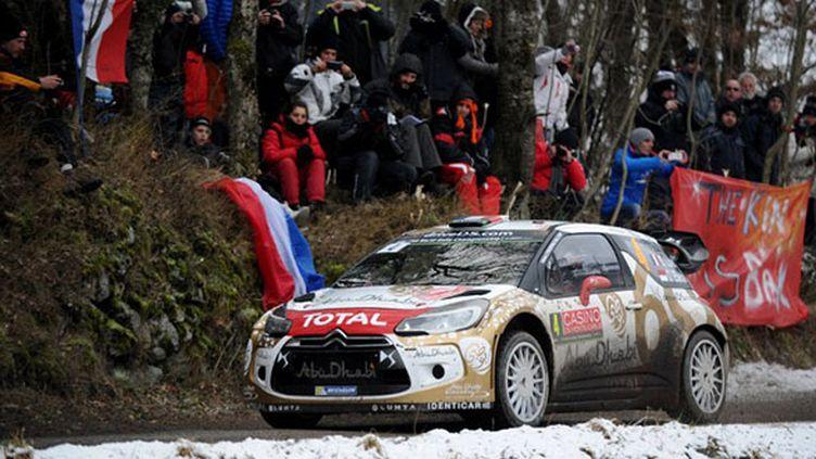 Sébastien Loeb a perdu toutes ses chances au Monte-Carlo (JEAN-PIERRE CLATOT / AFP)