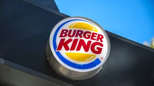 Une enseigne Burger King d'un restaurant de Paris, photographié en septembre 2015. (YANN KORBI / CITIZENSIDE.COM / AFP)