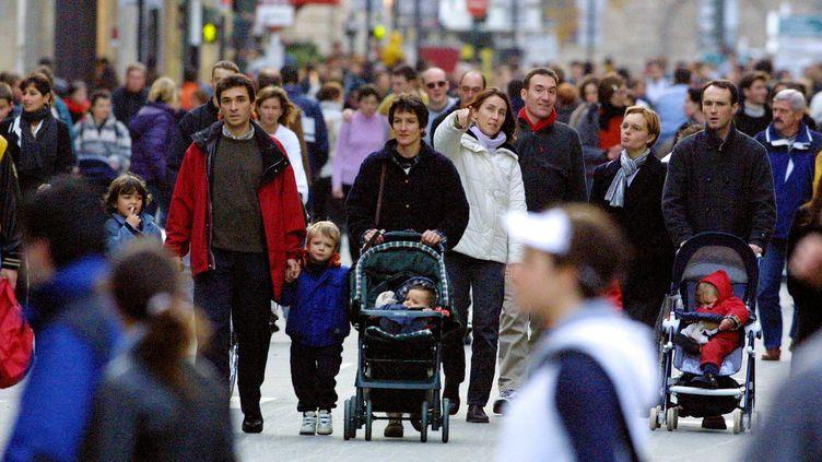 Les familles les plus aisées pourraient ne recevoir que 25% des allocations familiales actuelles. ( MAXPPP)