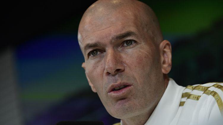 Zinédine Zidane en conférence de presse, le 29 février 2020. (JAVIER SORIANO / AFP)