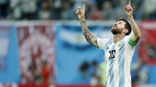 Lionel Messi célèbre son but inscrit contre le Nigeria, mardi 26 juin 2018 à Saint-Pétersbourg (Russie). (STANLEY GONTHA / PRO SHOTS / AFP)