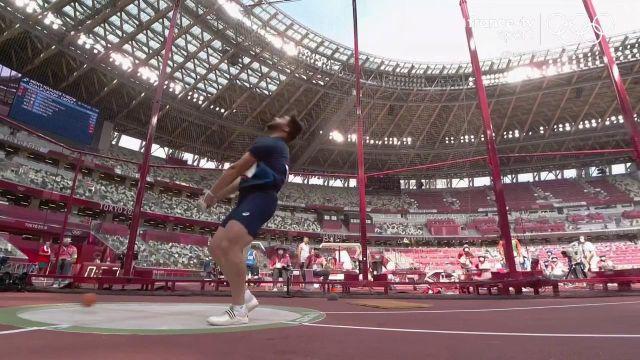 Avec un lancé à 78,73 m, le Français se qualifie pour la finale de mercredi (13h15). Il devait passer 77,50 m pour sortir des qualifications.