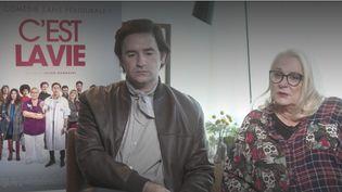Mercredi 28 juillet, une comédie française sort en salles. C'est la vie, avec Josianne Balasko, qui interprète une sage-femme au caractère détonnant sur le point de prendre sa retraite. (FRANCE 2)
