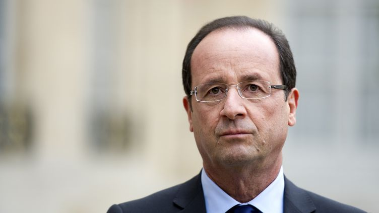 Le président de la République, François Hollande, le 14 novembre 2012 à l'Elysée. (LIONEL BONAVENTURE / AFP)