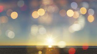 """Le philosophe Michel Serres fait ses adieux aux auditeurs de franceinfo après 14 années de """"Sens de l'info"""" (BUENA VISTA IMAGES / DIGITAL VISION / GETTY IMAGES)"""