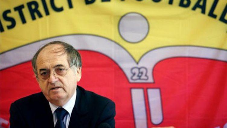Noel Le Graet annonce sa candidature à la présidence de la FFF (18/05/2011).
