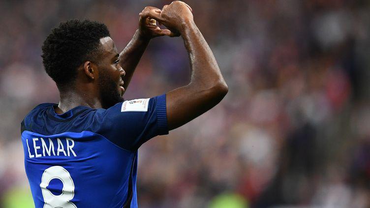 Au fil des matches, Thomas Lemar écrit sereinement son histoire avec les Bleus. (FRANCK FIFE / AFP)