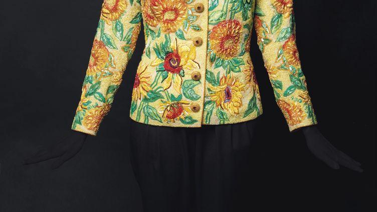 Veste haute couture printemps-été 1988 signée Yves Saint Laurentvendue aux enchères chez Christies le 27 novembre 2019 (YVES SAINT LAURENT)