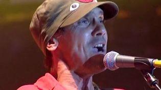 """Manu Chao au festival """"Le Rock dans tous ses Etats"""" 2012  (F3 / Culturebox)"""