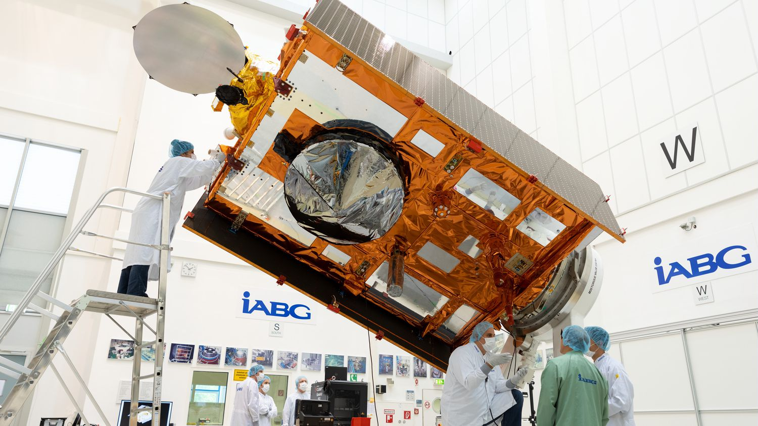 Joint NASA-ESA Satellite Which Will Monitor Sea Levels to Launch Saturday